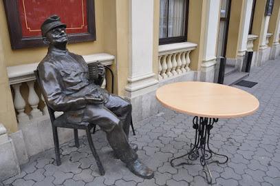 Пам'ятники солдатові Швейку
